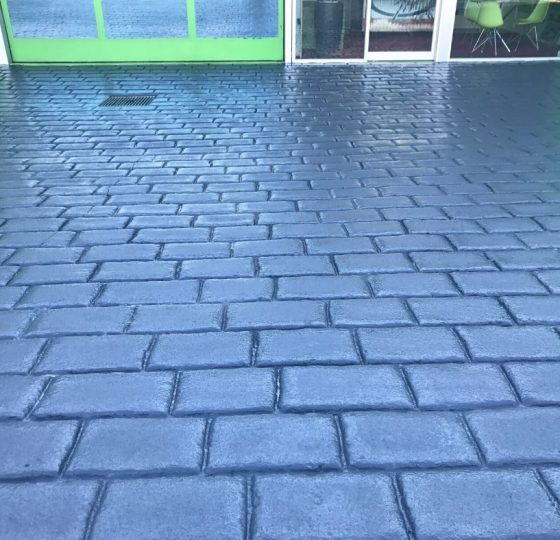How our concrete sealer can protect the colour of your driveway